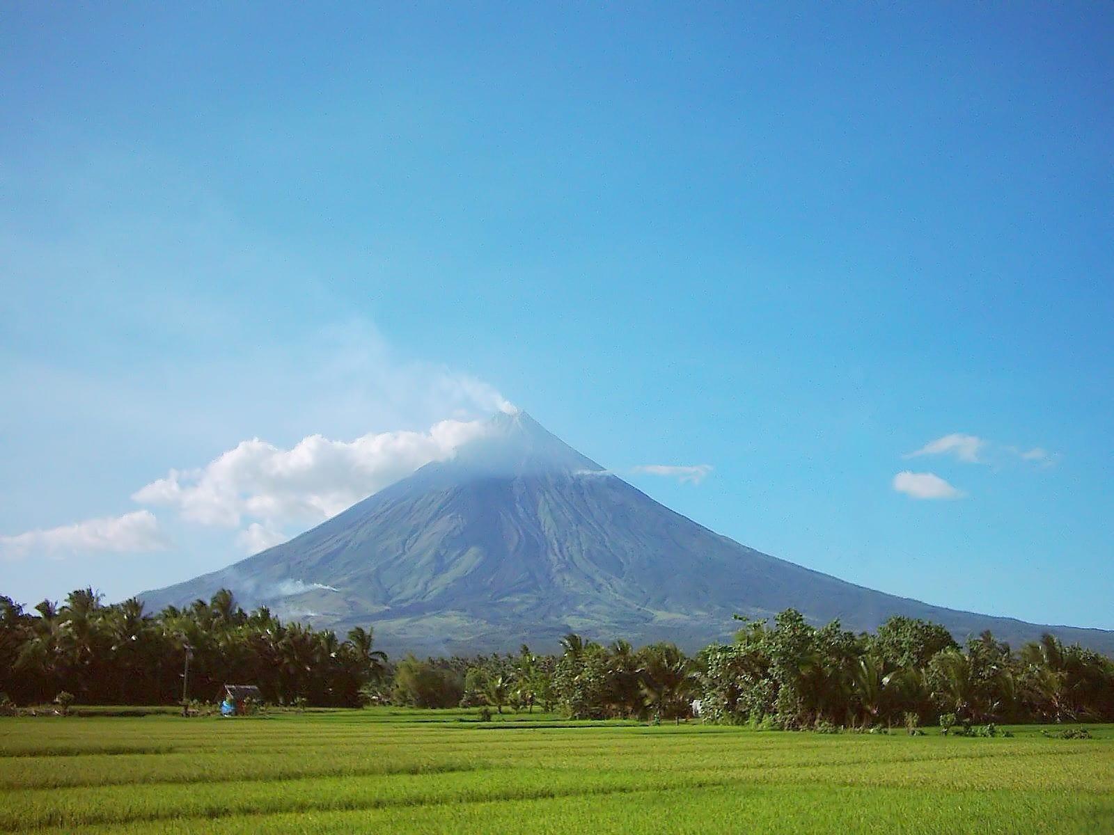 que ver en filipinas VOLCAN MAYON